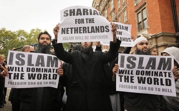 Sharia-law.jpg.beaec54923f9fdd3e5804a63e70ac268.jpg