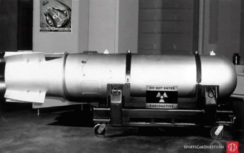 23-Mk27-thermonuclear-bomb.thumb.jpg.cd9f3105aef3016c1448610e5ffc3b2a.jpg